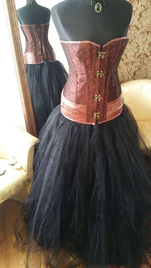 0d1163f7dd9 kouzelné plesové šaty na maturitní ples steampunk - plesové šaty ...
